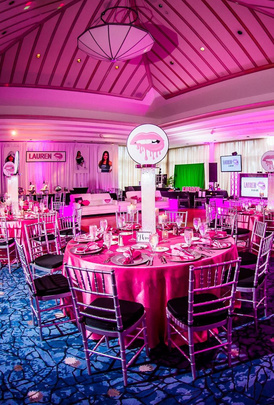 Bat mitzvah party ideas for the girl who loves pink and