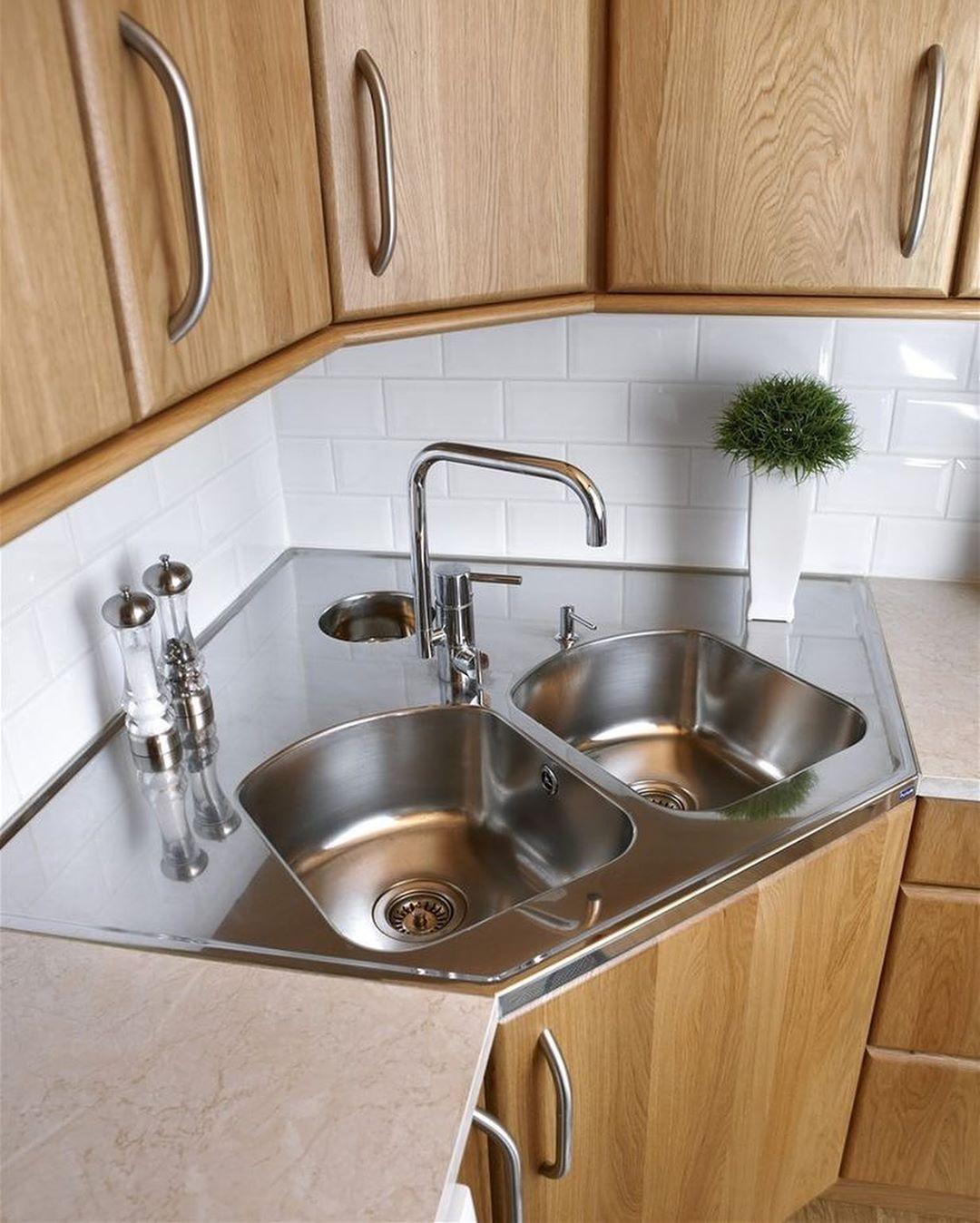 مغسلة في الزاويه رايكم للاعلان ب ٣٥ ريال فقط الرشاقة والجمال Kitchen Interior Design Decor Kitchen Sink Design Kitchen Furniture Design