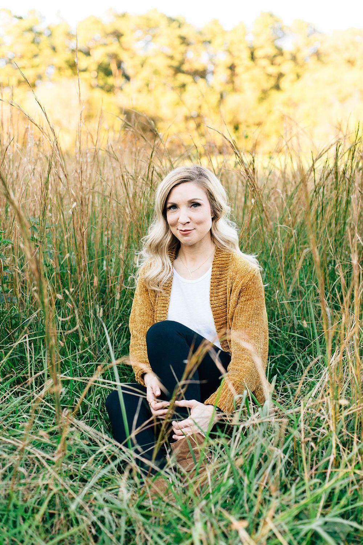 Merritt S Pasture Portraits Tiffany S Headshots Chapel Hill Nc Photographer Rachaelbowmanphotography Com Headshots Chapel Hill Nc Location Photography