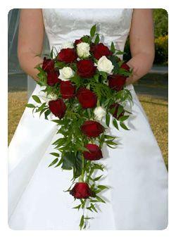 Ramos De Novia Cascada Rosas Rojas Y Blancas Arreglos Florales In