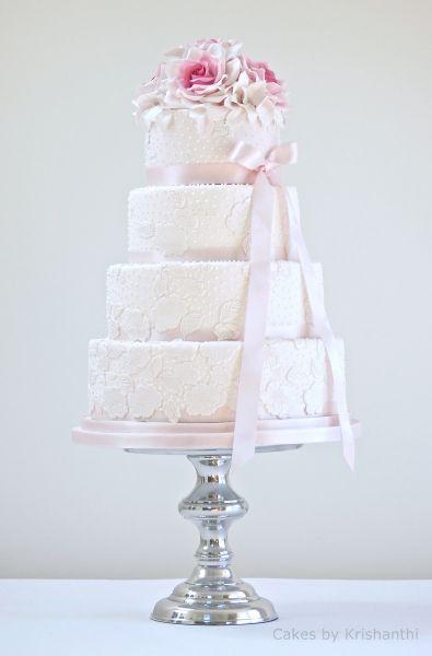Wow! lacey blush weddingcake
