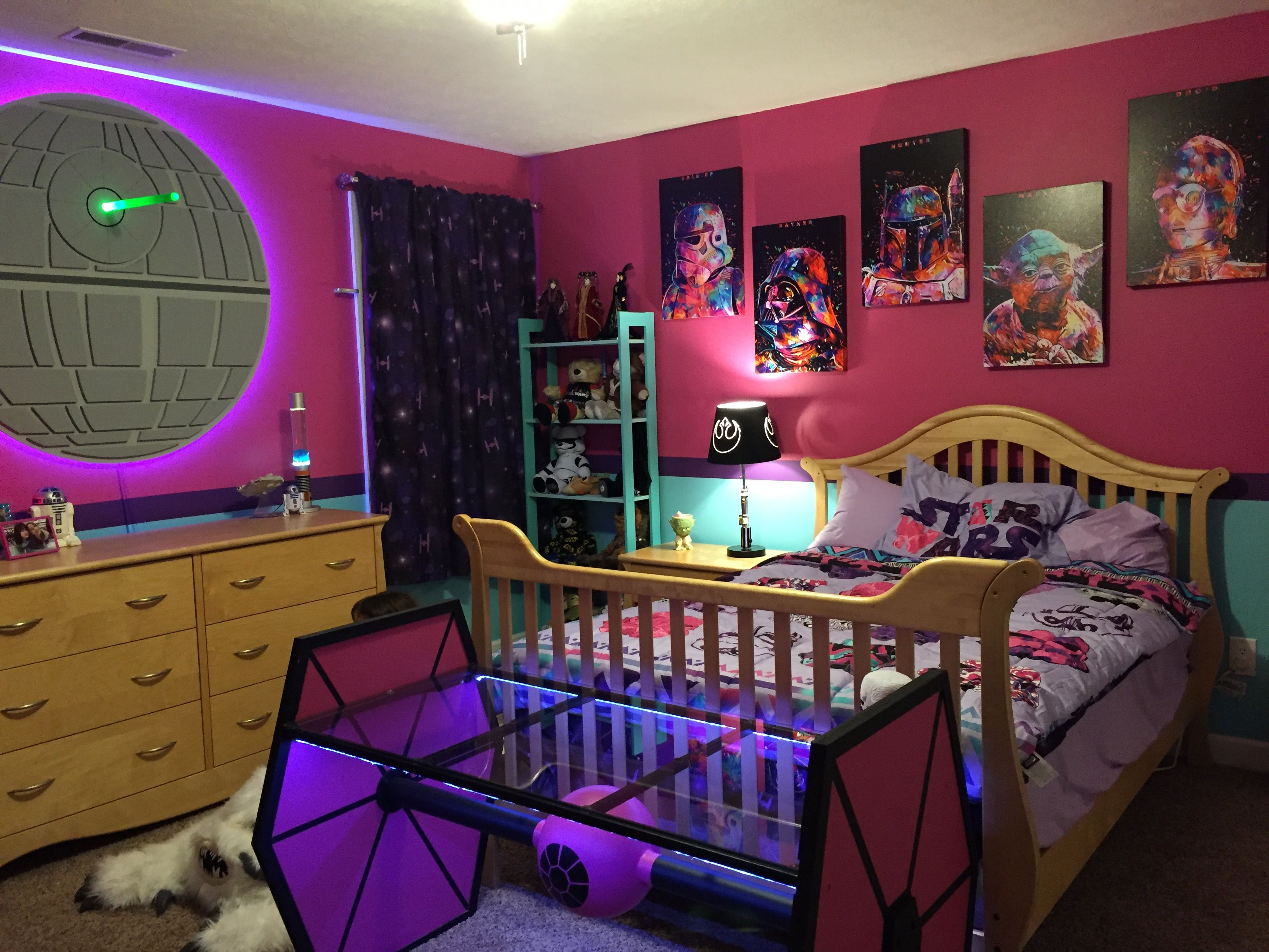 girls star wars room the pictures on the wall