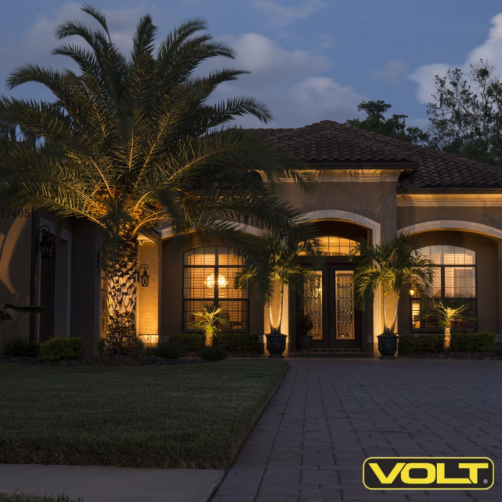 Light Up Your House And Front Yard With Volt Lighting Outdoor Lighting Landscape Landscape Lighting Kits Outdoor Landscape Lighting