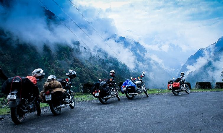 14 Best Routes Places For Bike Riding In India Bike Trips