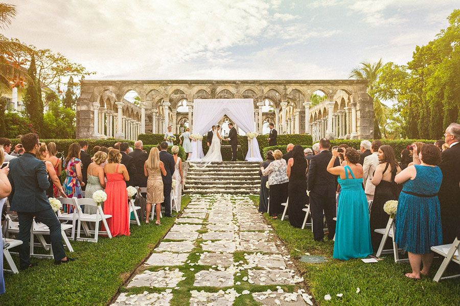 This Elegant Bahamas Wedding From Tracie Domino Events Sam Hurd And Voila Cinematic Features Tropical Details A Calypso Band