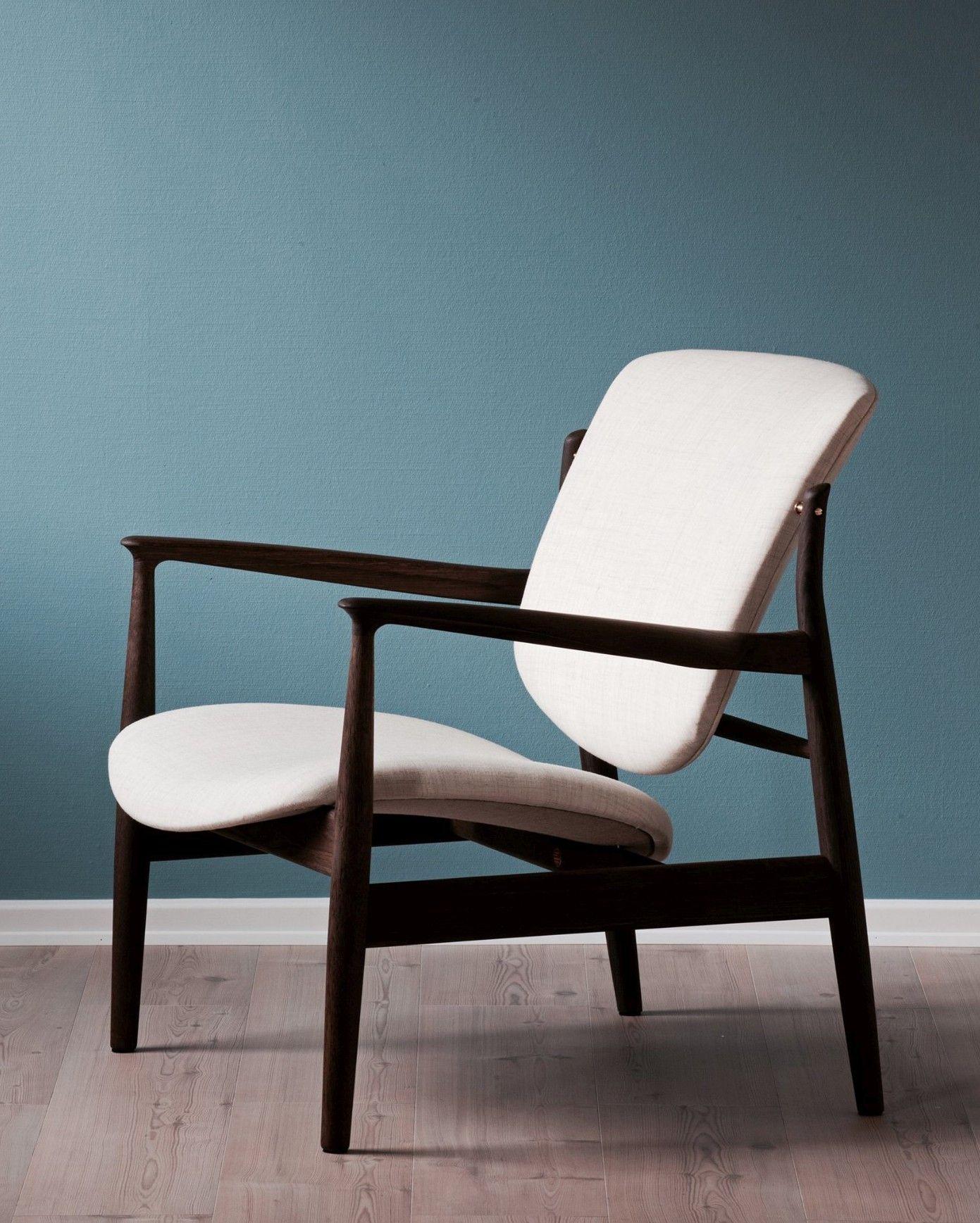 Pin On 木框架椅子