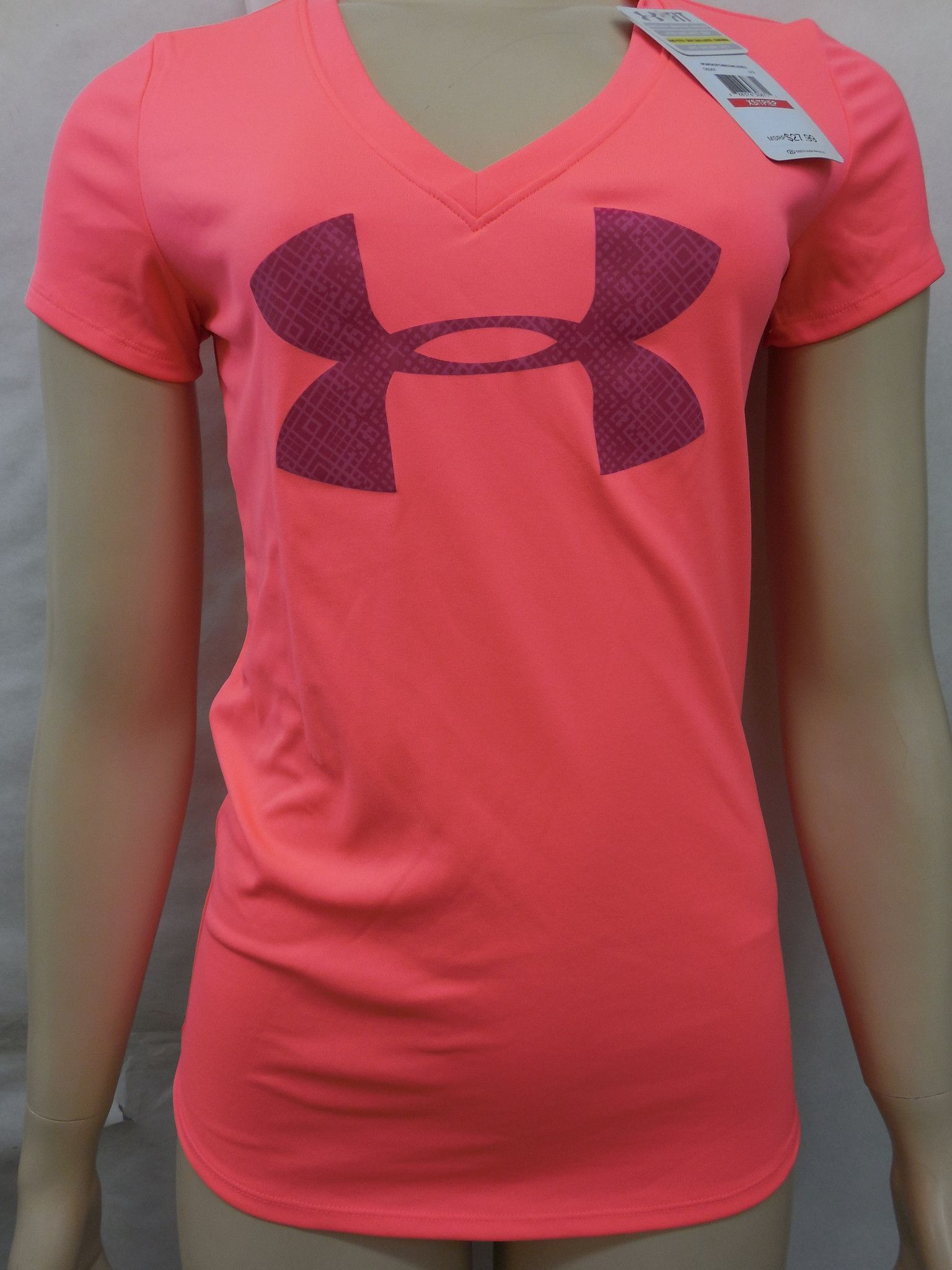 Under Armour Womens Pink Heatgear Semi Fitted V Neck Tee T Shirt