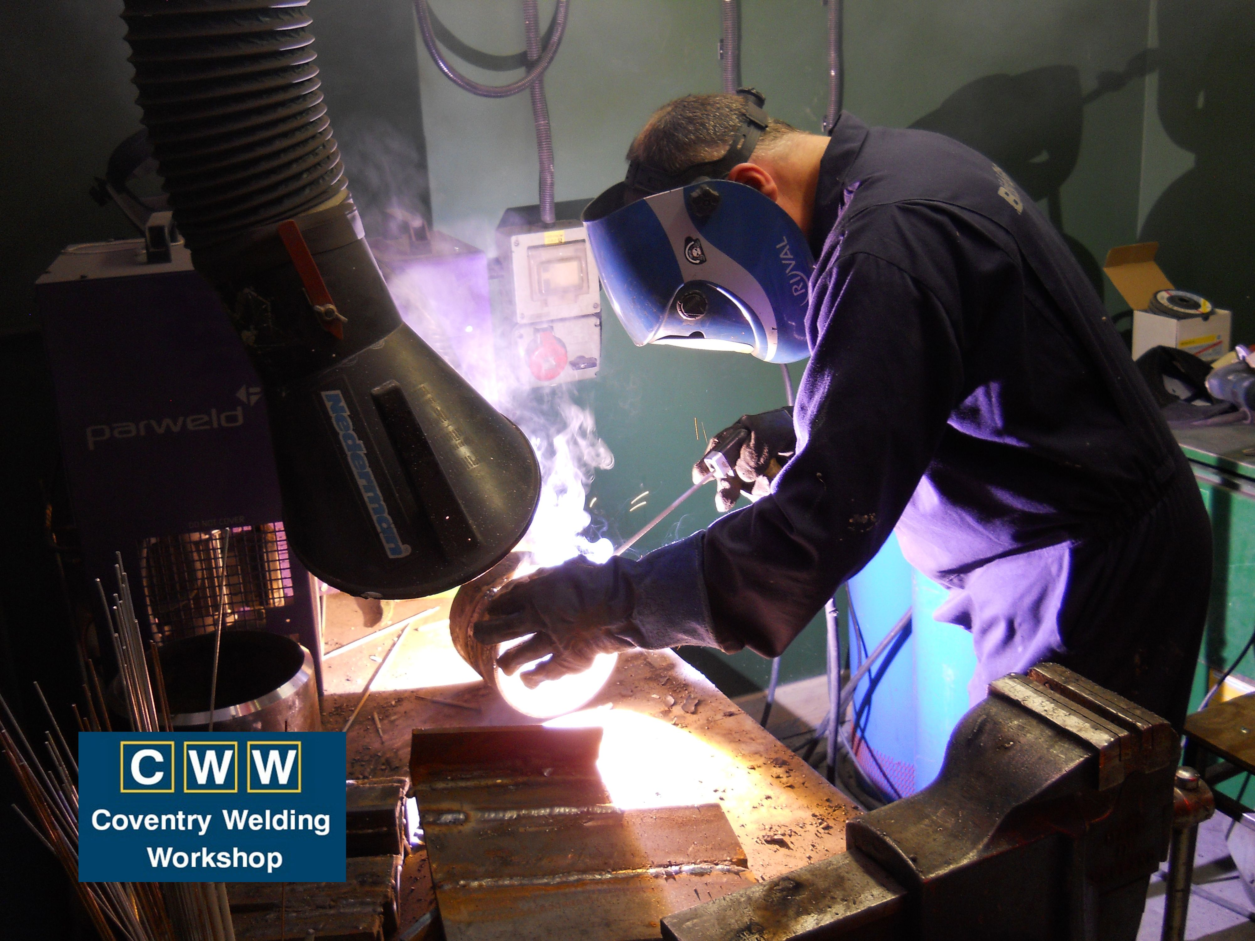 #WeldingTraining during our Basic #MIGWeldingCourse Learn more about our Basic #WeldingCourse on our #CoventryWeldingWorkshop website http://www.coventryweldingworkshop.co.uk/index.php?page=basic-welding-course Find Offers at our #WeldingCourses  http://www.coventryweldingworkshop.co.uk #WelderTraining #WelderCourse #WelderCourses #MigWeldingCourses #MigWeldingTraining #Welding #Welds #Weld #DIYWelding #WeldingSkills #MigWelding #Gmaw #MigWeld #GmawWelding #MagWelding #WeldingProcesses