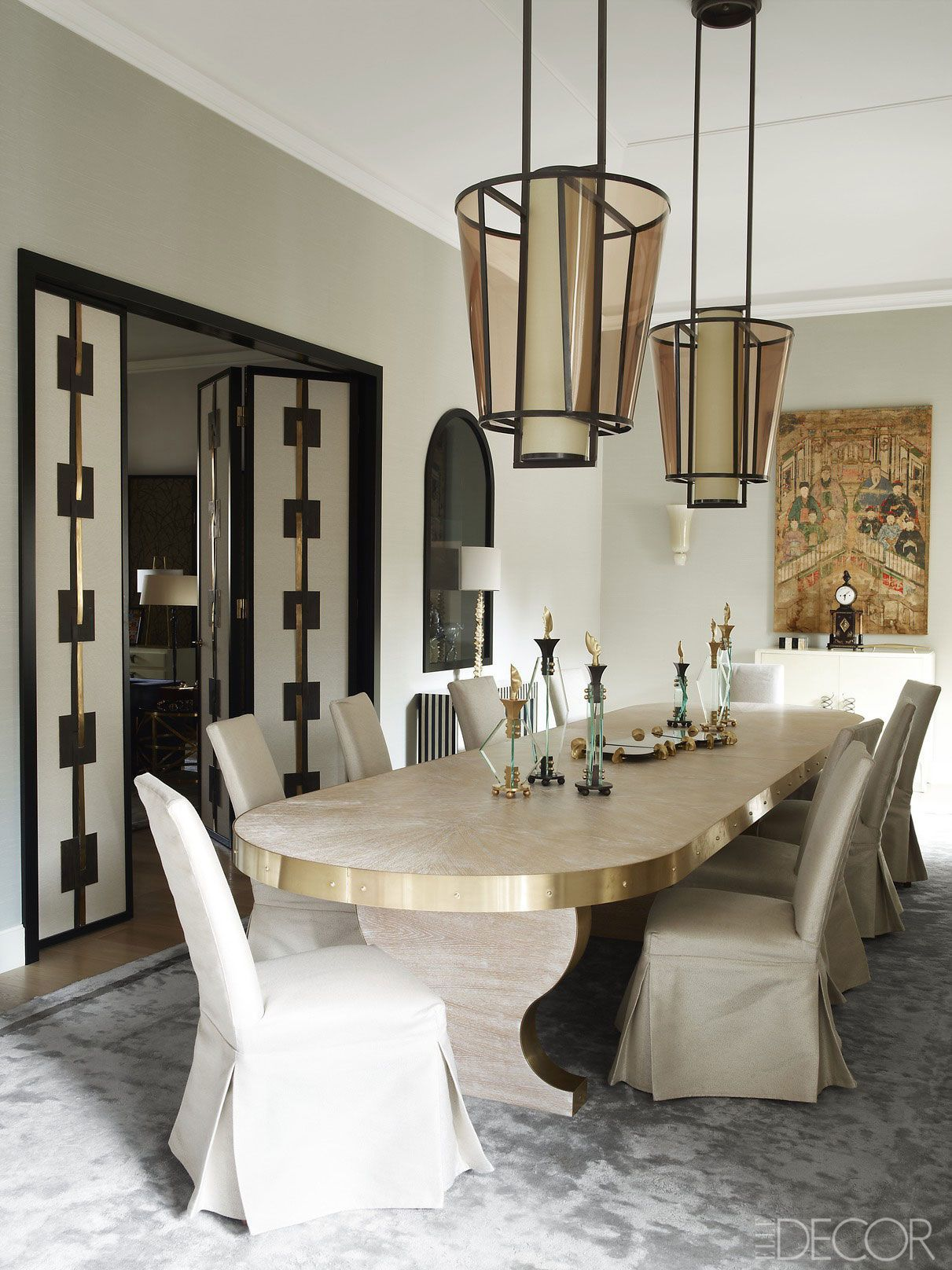 House Tour An Italian Palazzo With The Most Beautiful Antique Touches Dark Dining Room Luxury Dining Tables Modern Dining Room