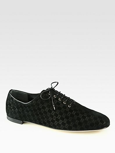 http://diamondsnap.com/gucci-sarah-gg-suede-lace-up-oxfords-p-1030.html