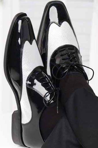 Tuxedo shoes, Black and white tuxedo