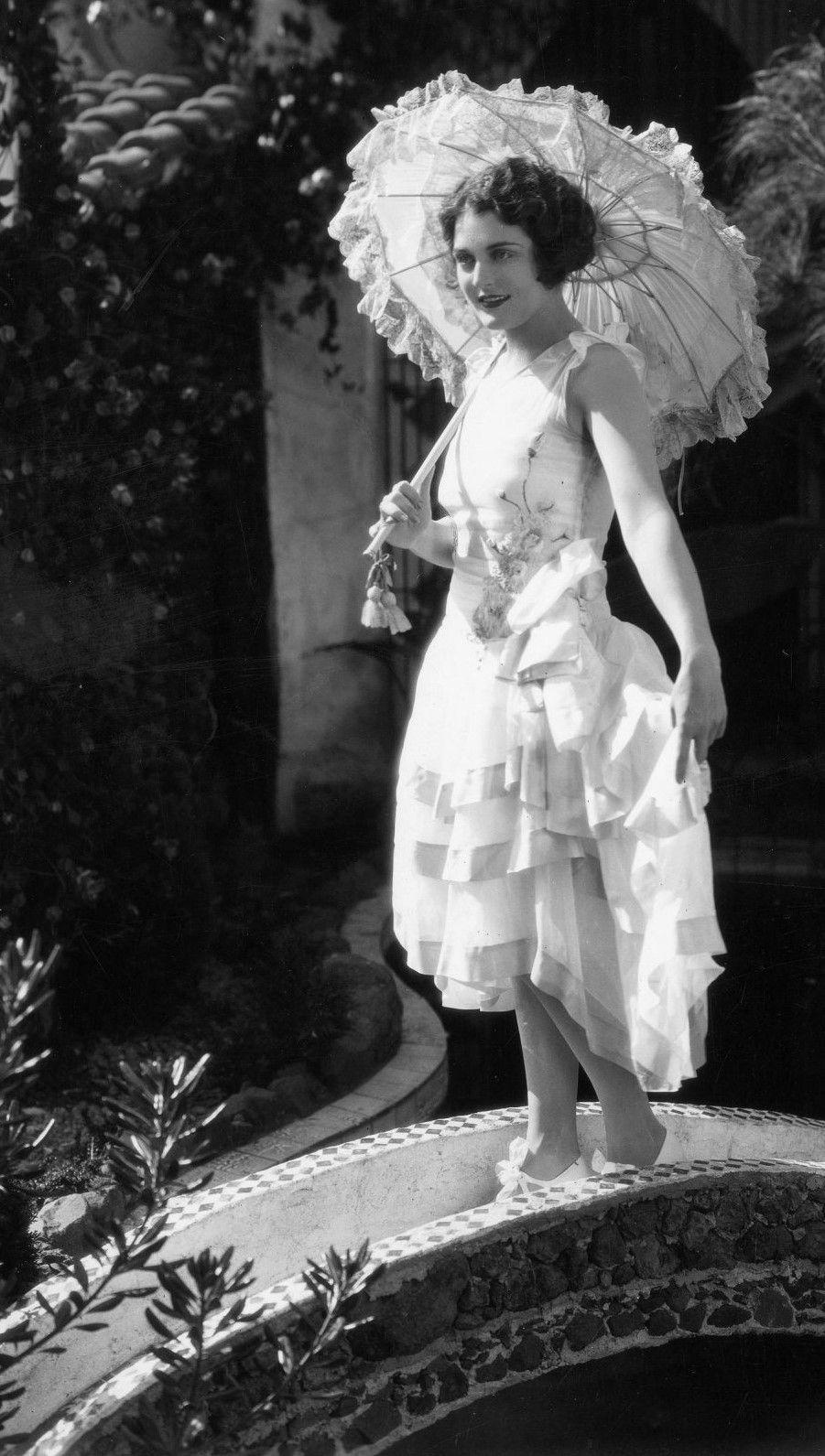 Helen Williams (model),Eleonora Duse (1858?924) Porn photos Aimee Leigh,Olive Tell