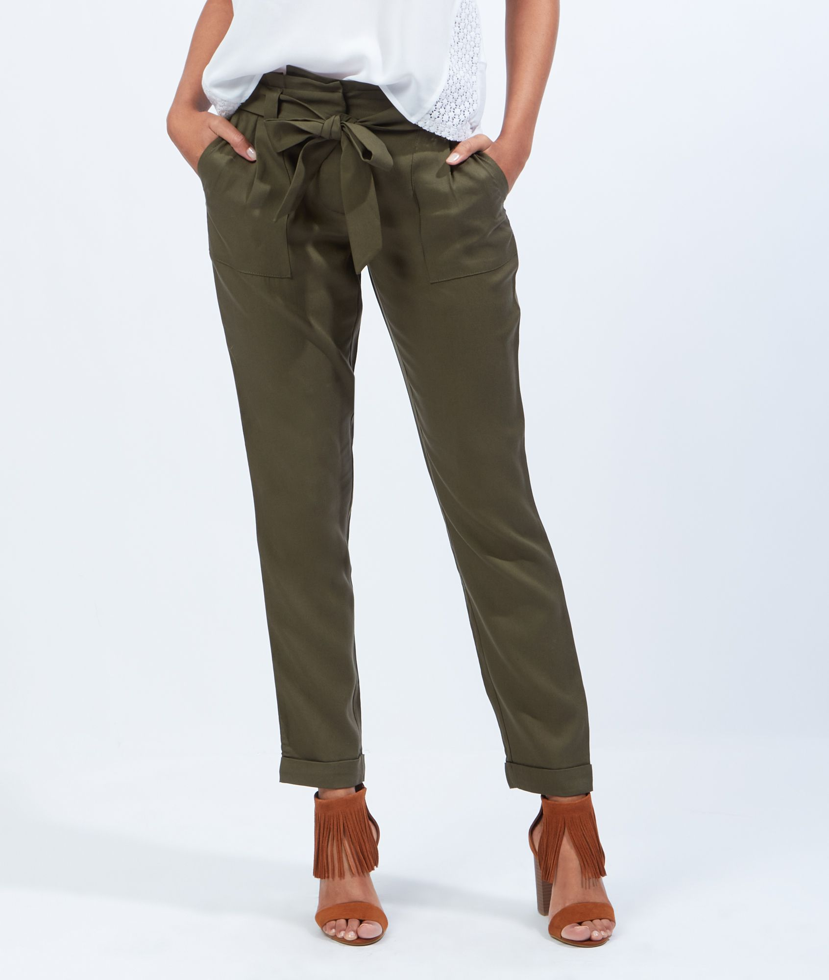 Pantalon fluide en lyocell ceinture noeud pantalons shorts la collection pr t porter - Comment couper un pantalon en short ...