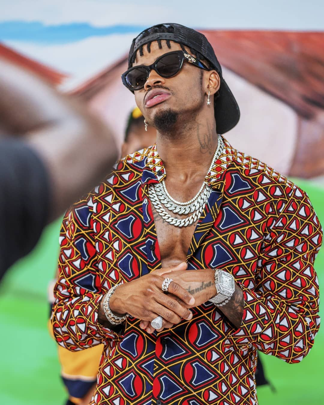 Over 30,000 fans have already signed the petition to have Diamond Platnumz dumped from the prestigious awards