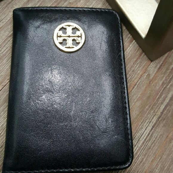 Tory Burch transit pass holder Leather. Clear ID window inside and outside. Used as a credit card wallet. This is perfect for travel or if you are downsizing your purse. Good used condition.  No rips or tears. Purchased at Tory Burch store summer 2015. Tory Burch Bags Wallets