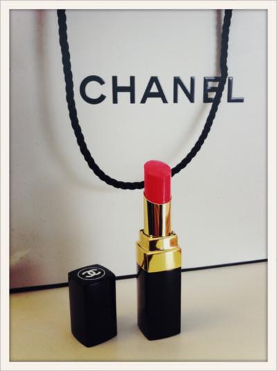 Chanel Rouge Rouge A Levres Chanel Maquillage Belle Peau