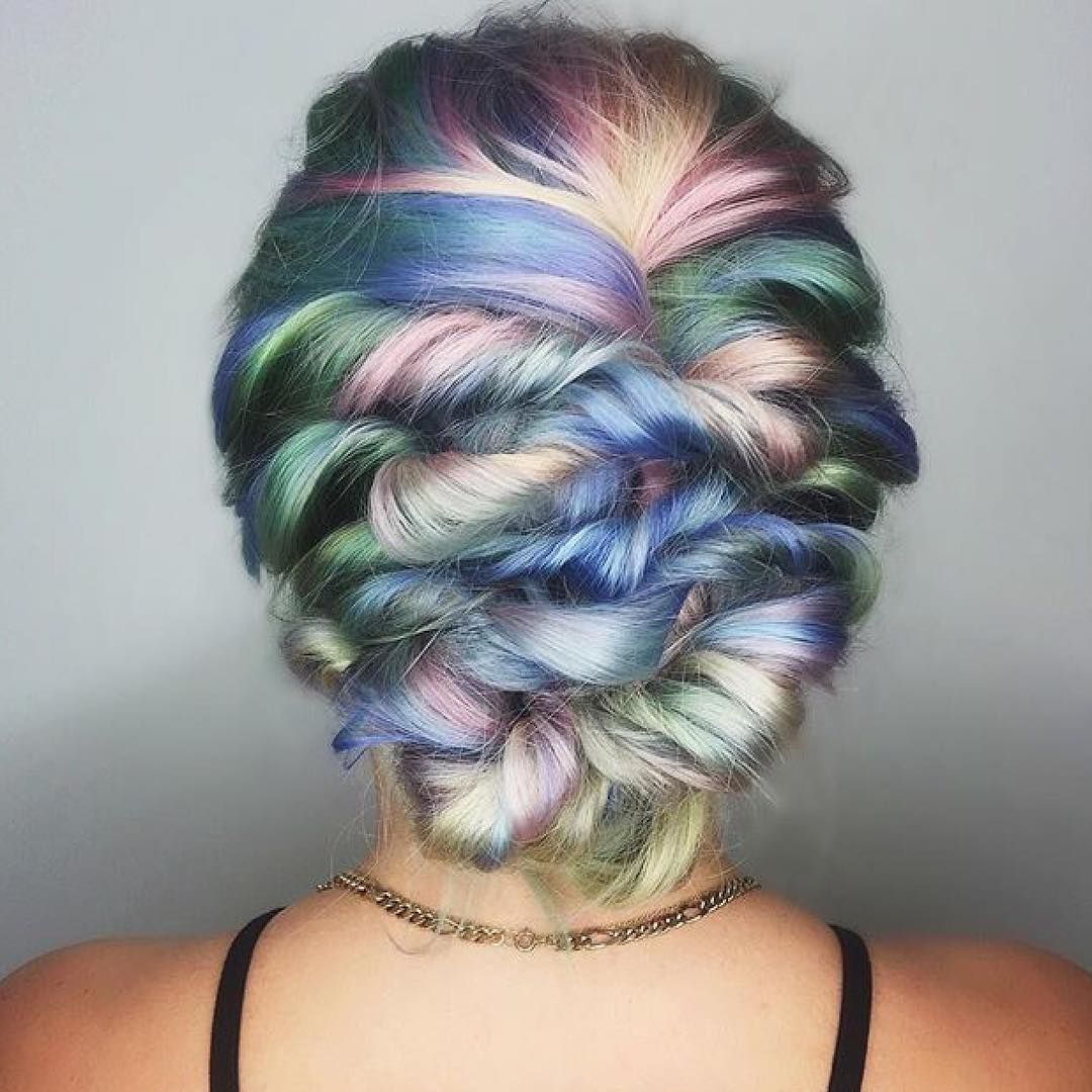 """30 Creative And Unique Wedding Hairstyle Ideas: """"Pastel Twister! 🍡🌪🍡 Hair By: 🐳@shelleygregoryhair"""