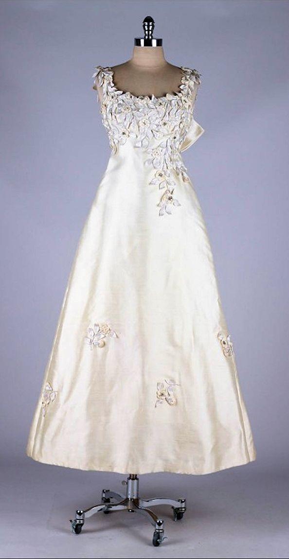 Vintage 1960's Saks Fifth Avenue Wedding Dress | Vintage Fashion