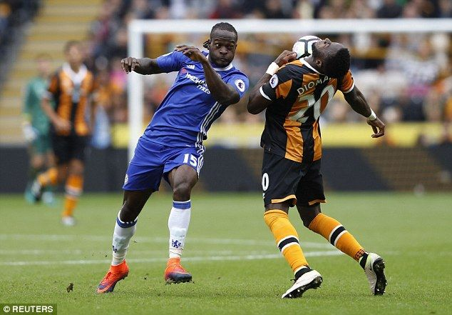 Chelsea Boss Antonio Conte Hails Victor Moses For