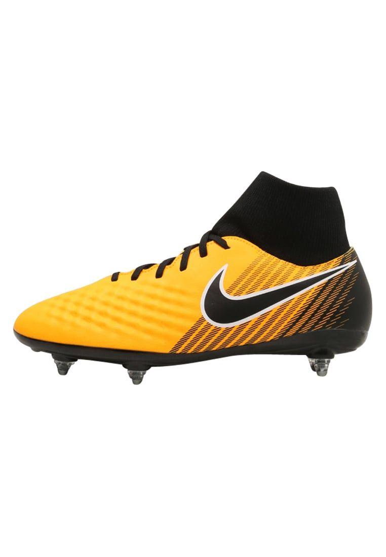 c86a24ad90573 ¡Consigue este tipo de zapatillas de Nike Performance ahora! Haz clic para  ver los