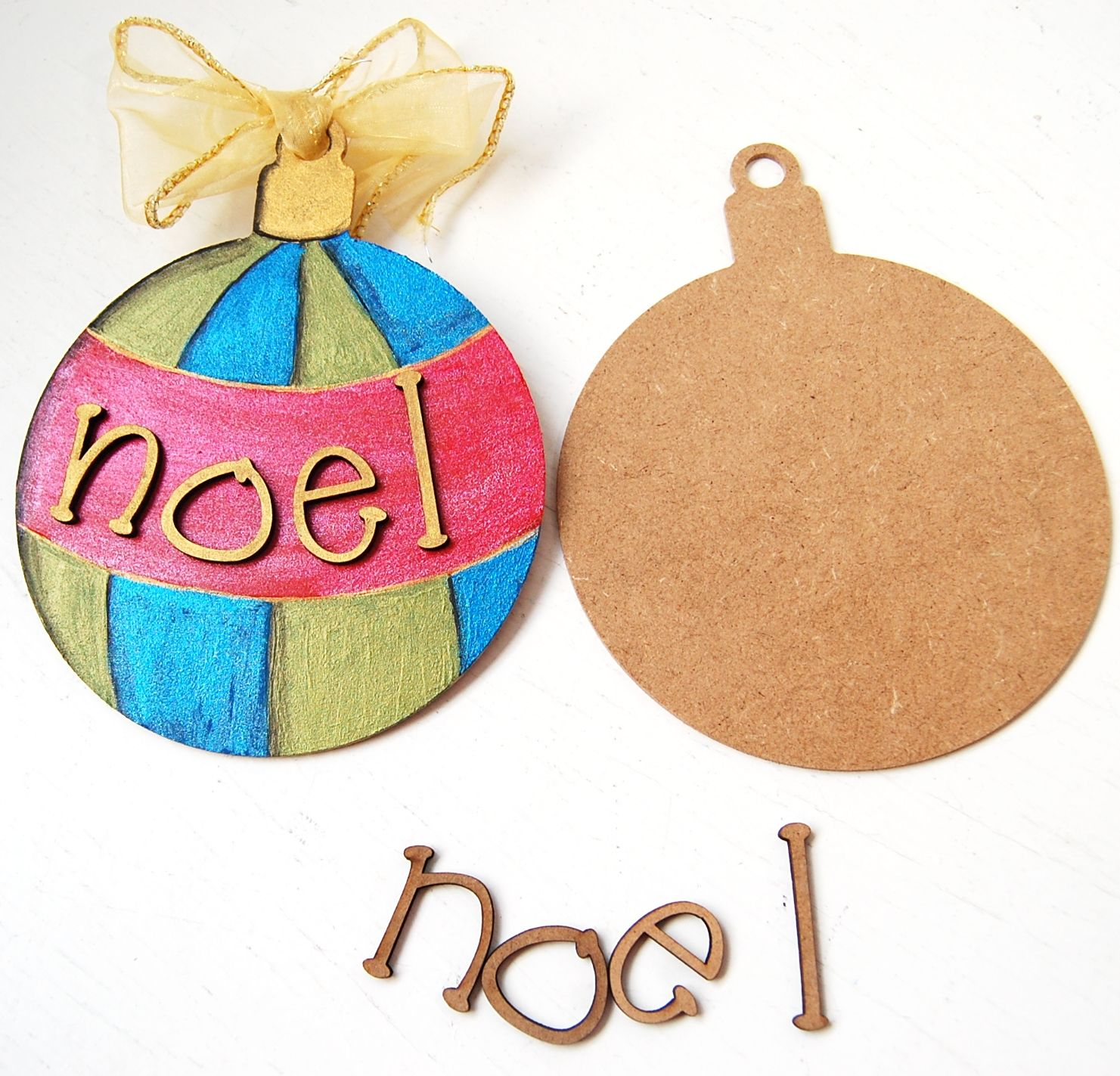 Painted wooden shapes for crafts - Country Love Crafts Small Wooden Craft Letters Stuck On Our Flat Wood Mdf Bauble Shape