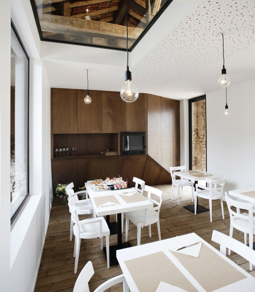 Renovation of an old barn / Comac Architektur