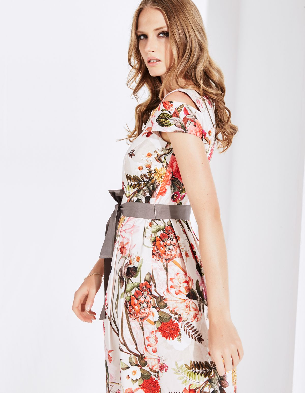 comma fashion  Floral Dress  Wedding Outfit Inspiration  https