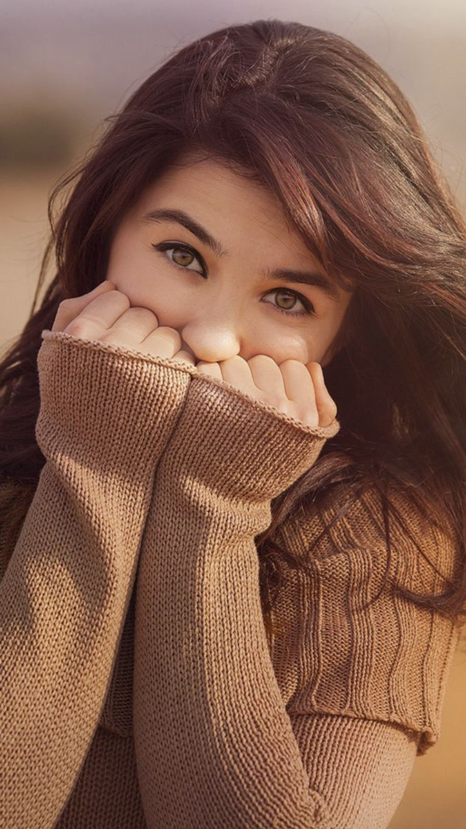 Girl Looksweater Iphone Wallpaper Cute Girl Poses Girl Photo Poses Girl Photography Poses