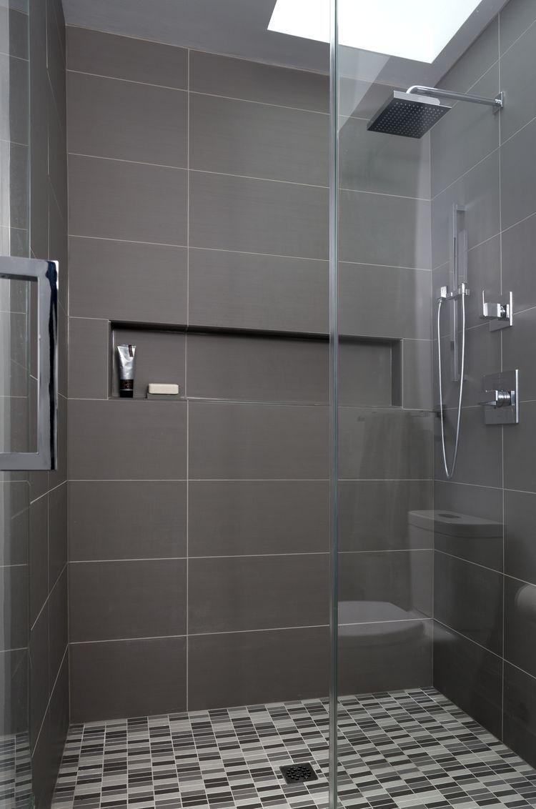 gro e fliesen und nische finde ich toll badezimmer. Black Bedroom Furniture Sets. Home Design Ideas