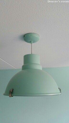 industriële lamp mintgroen (www.rietveld.nl €59,90) | babykamer, Deco ideeën