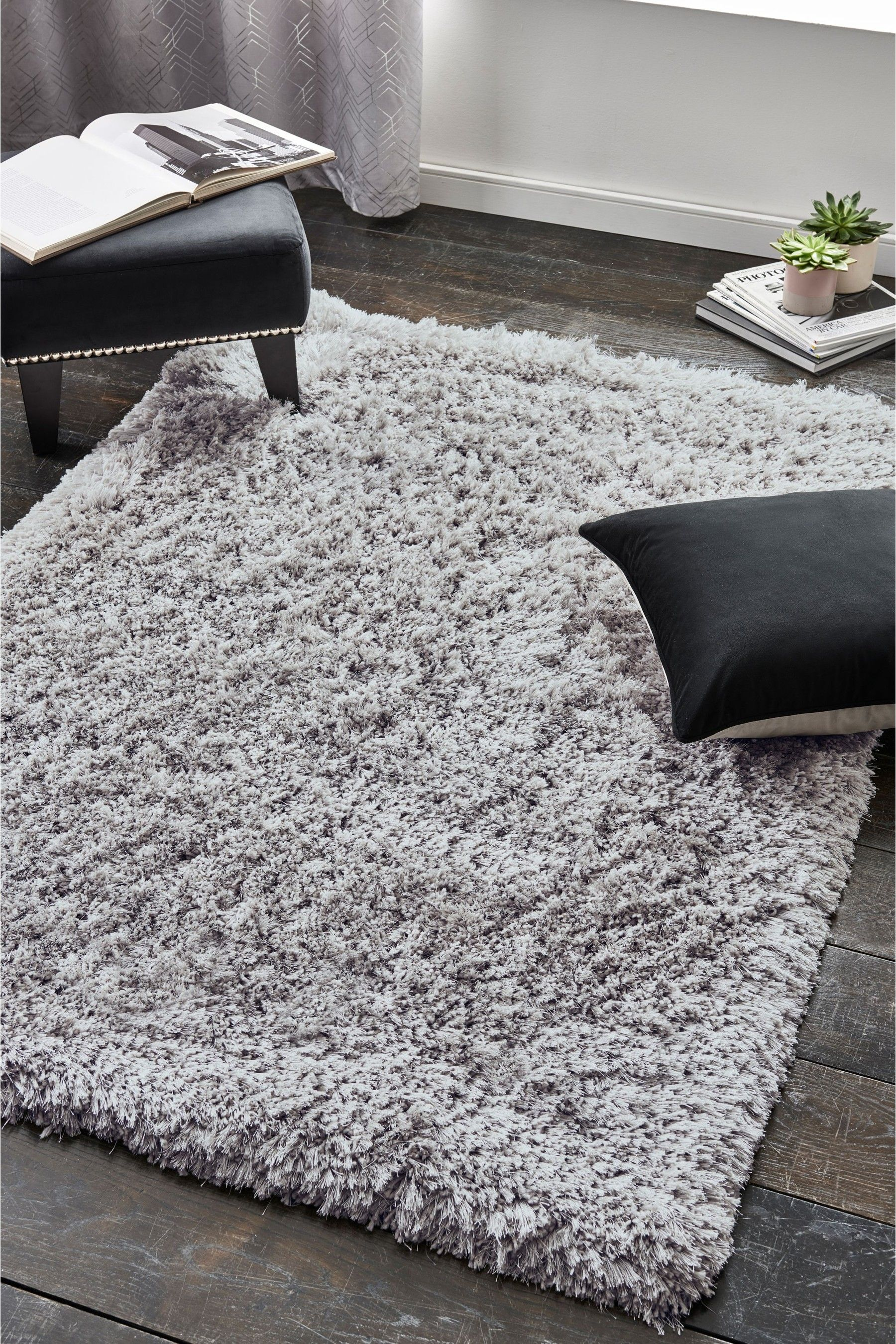 A Supersoft High Cl Luxurious Rug With Sumptuous Shiny Silk Effect Super Deep Shaggy Pile Adds Touch Of Luxury To Any Home This Can Be