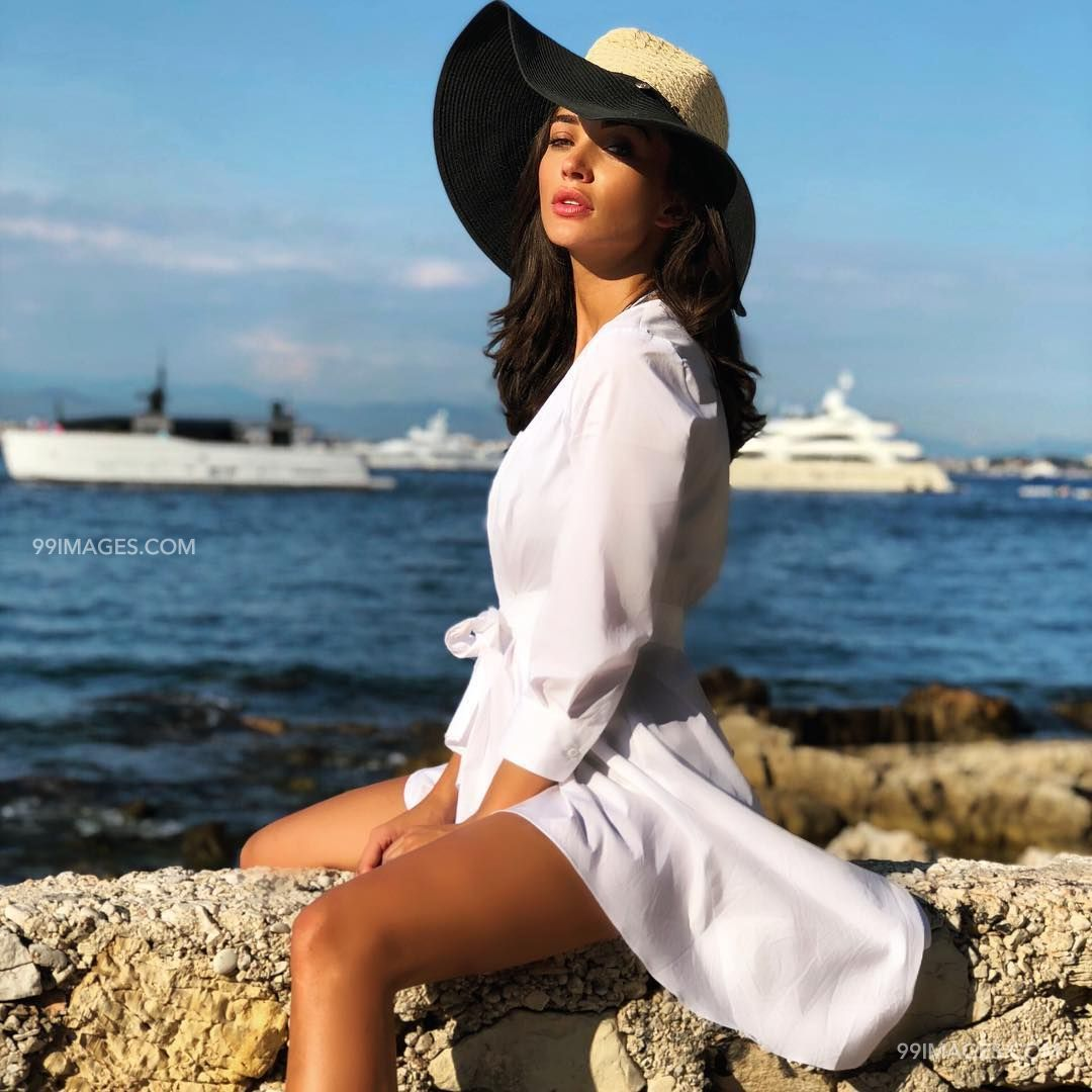 Amy Jackson Naked Video amy jackson hot hd photos & wallpapers for mobile (1080p