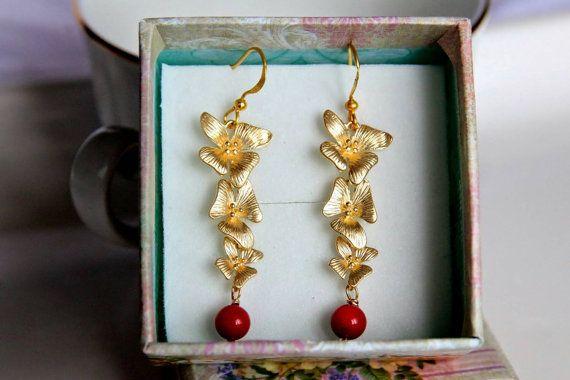 FREE SHIPPING Genuine red coral earrings di AuroraFashionJewelry