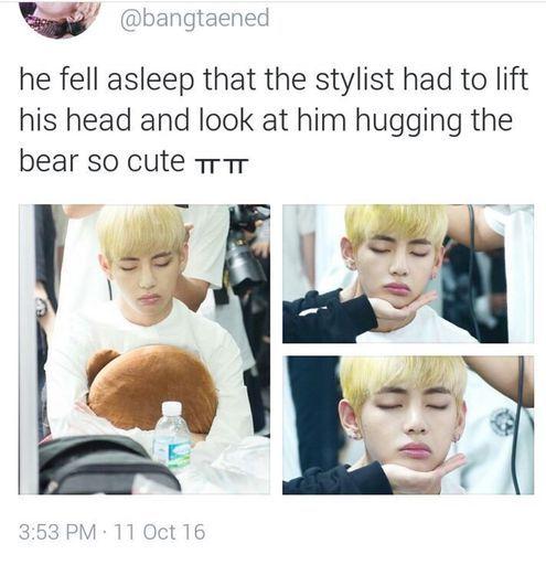 Awwww Cutie Taetae X3 Bts Memes Hilarious Kpop Memes Bts Bts Boys