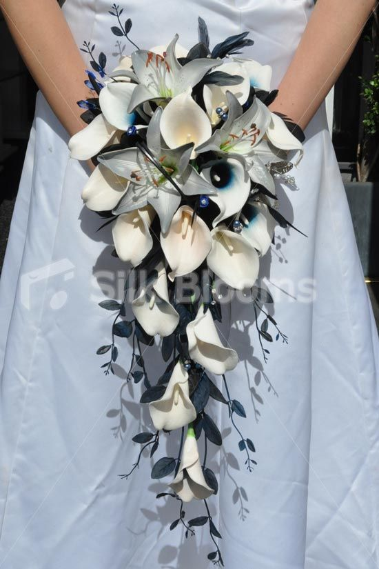Beautiful Artificial Calla Lily And Grey Stargazer Lily Cascading
