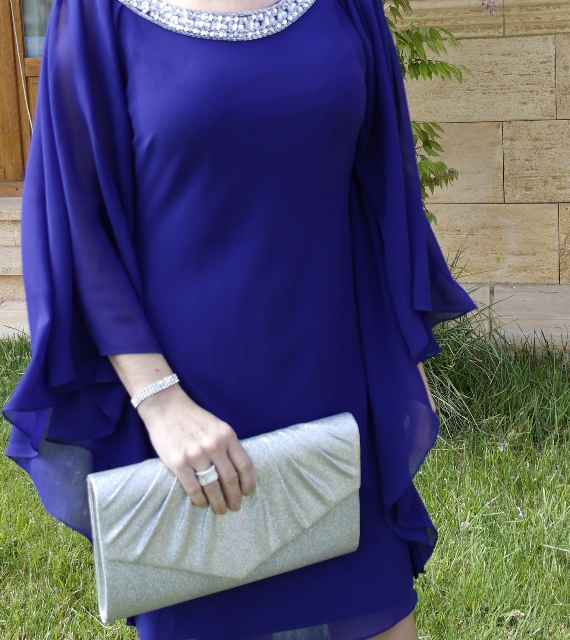 Vestido fiesta azul complementos