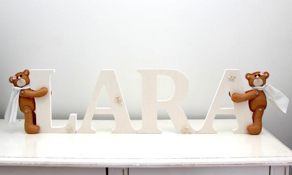Letras decorativas - LARA.