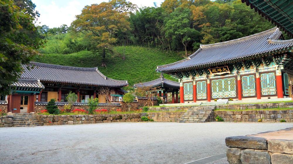 Jeungsimsa Temple in 2020 Temple architecture, Temple