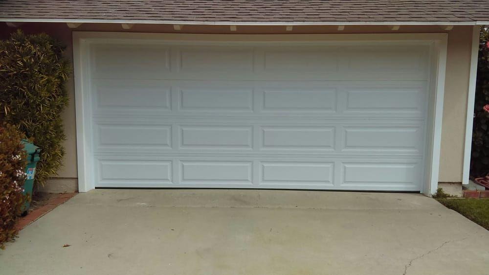 Garage Door Repair Farmington A1 Garages Offer Free Estimate 860 470 4035 In 2021 Garage Door Repair Service Garage Door Repair Door Repair