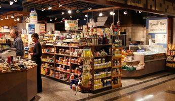 ac5b0c1e42dd2 Dicas de como montar uma loja de produtos naturais. Confira!   Small ...