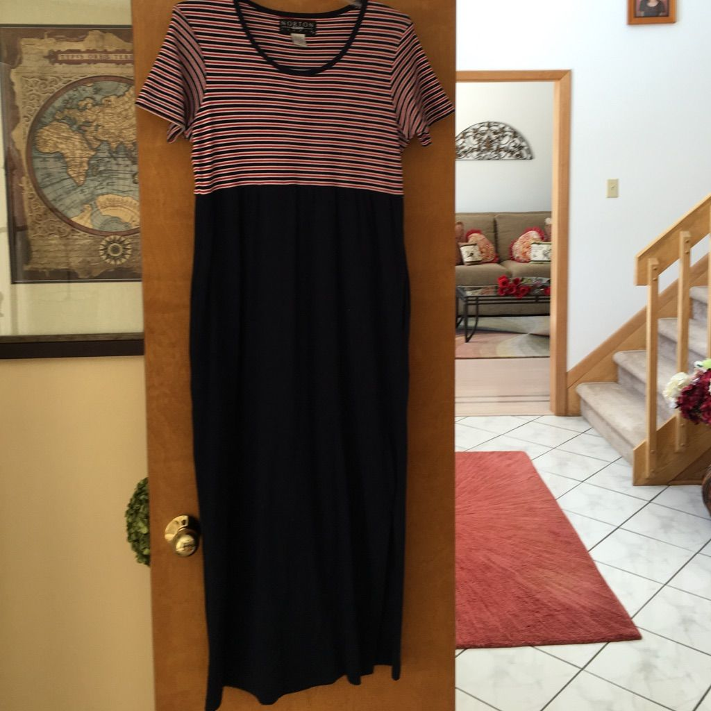 Long dress with short sleeves like new short sleeves and products