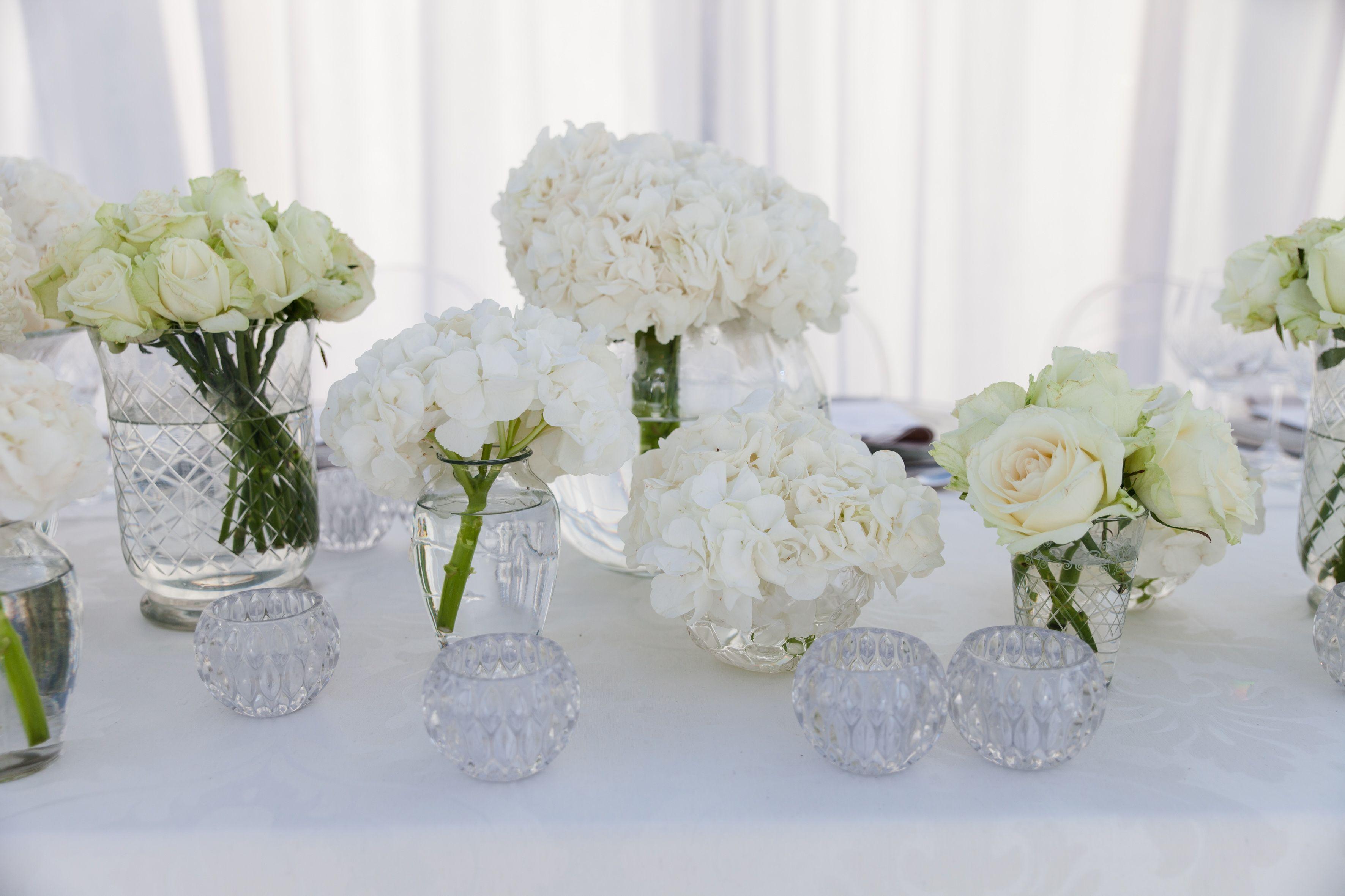 Classic White Flower Arrangement For Tables At Wedding Flower