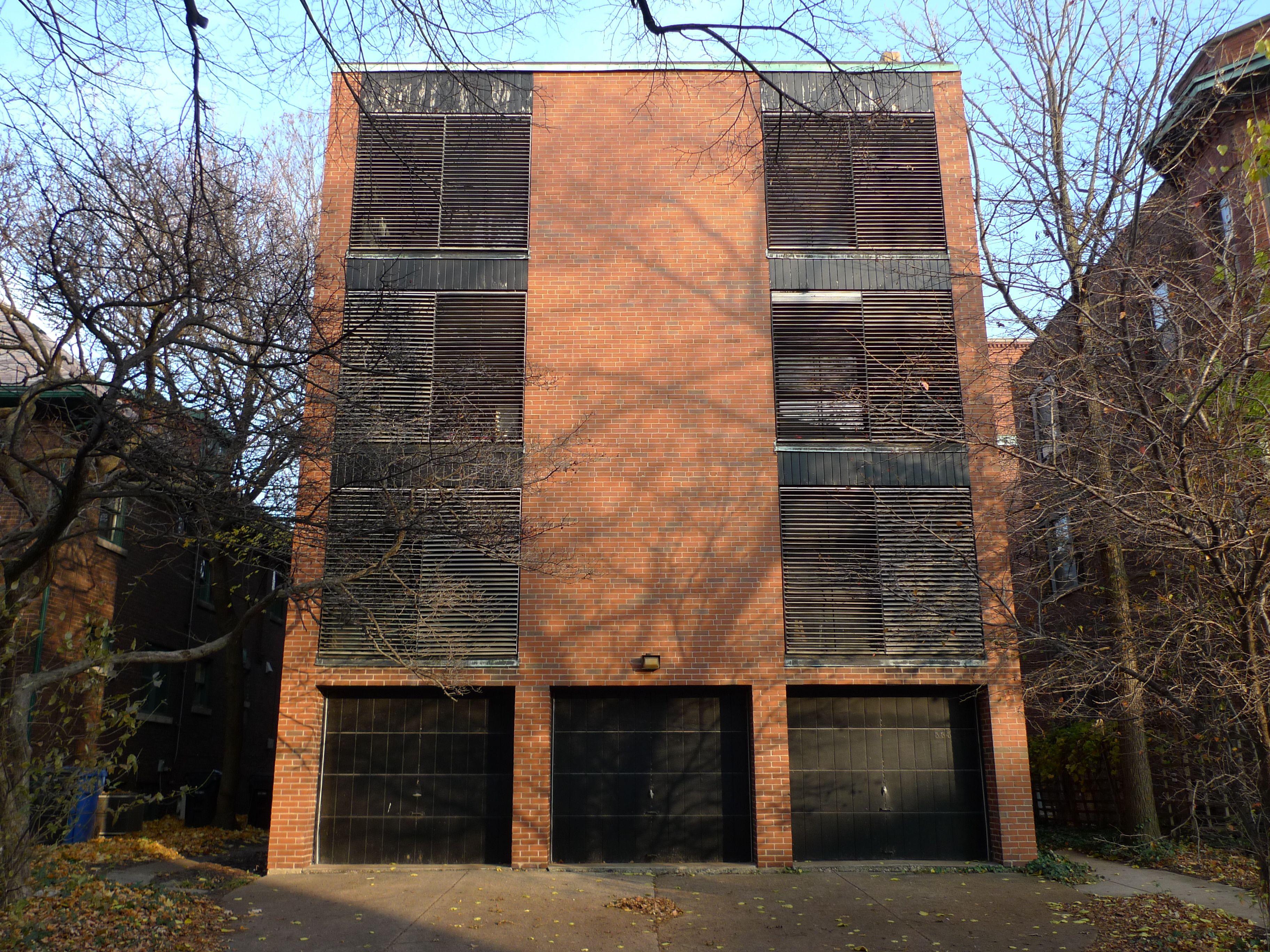 The New Bauhaus In Hyde Park Bauhaus Hyde Park Outdoor Decor
