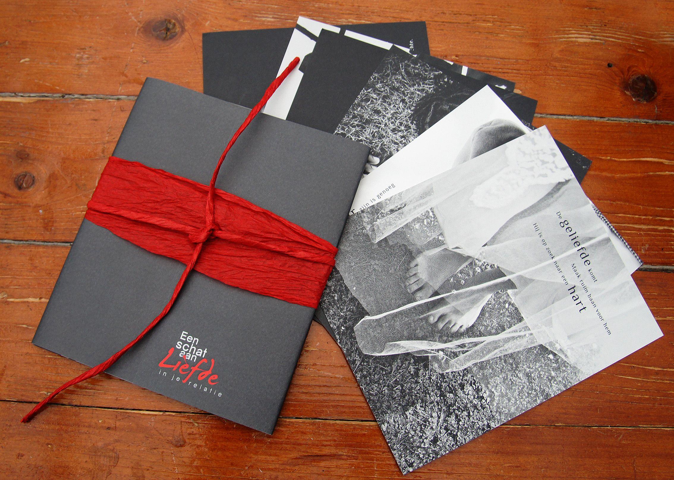 """Ontwerp kaartenset bij boek """"Een Schat aan liefde"""" van Marthe van der Noordaa. Met prachtige foto's van Erna Kuik. Uitgegeven door het ITIP, school voor leven en werk."""