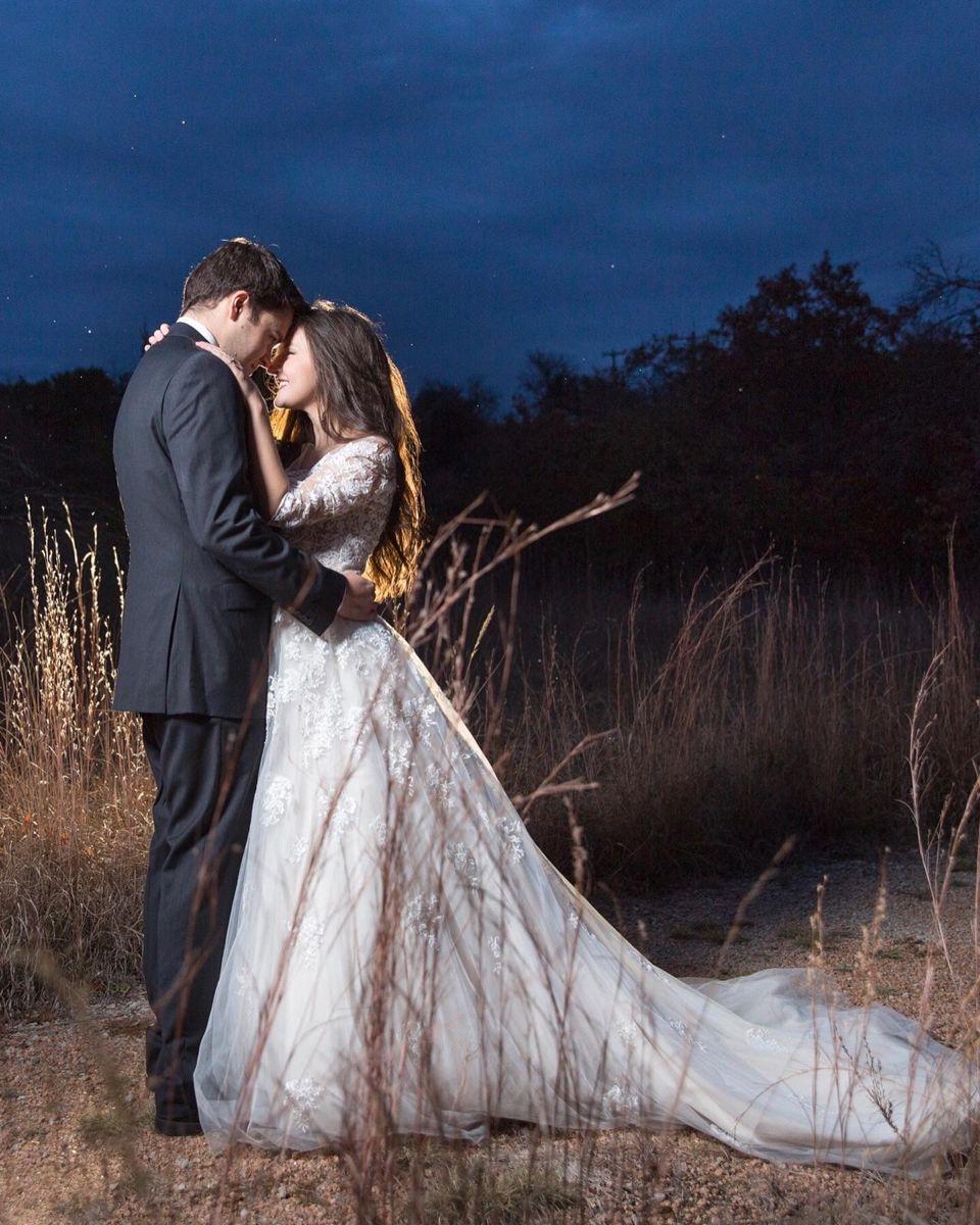 #wedding #octoberwedding #weddingdresses #weddingdressessleeves #weddingphotography