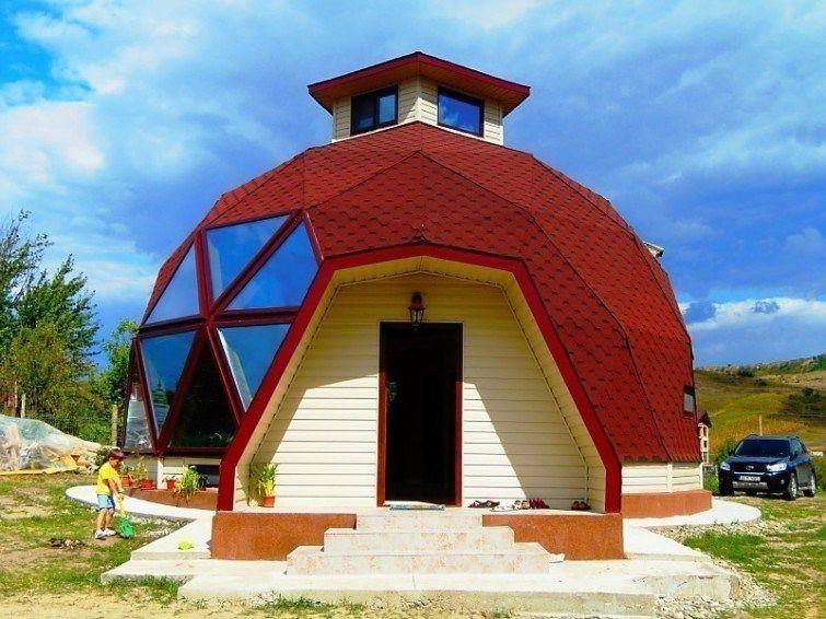 casas geodésicos construídos com pouco dinheiro