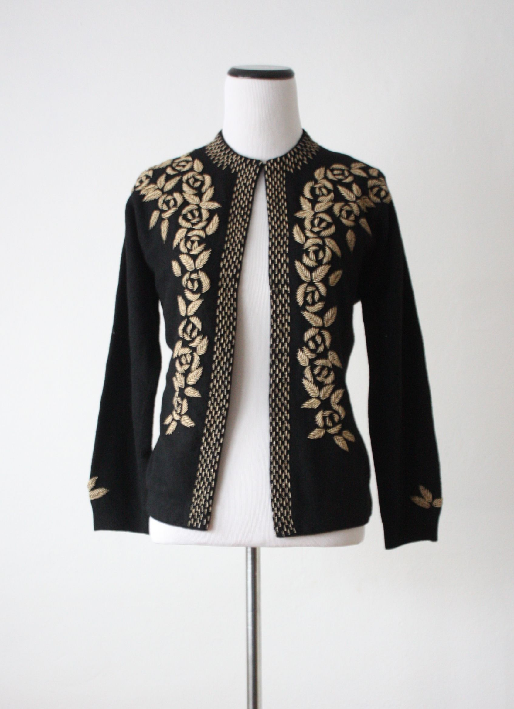 1950's black and gold beaded cardigan | вышивка на одежде ...