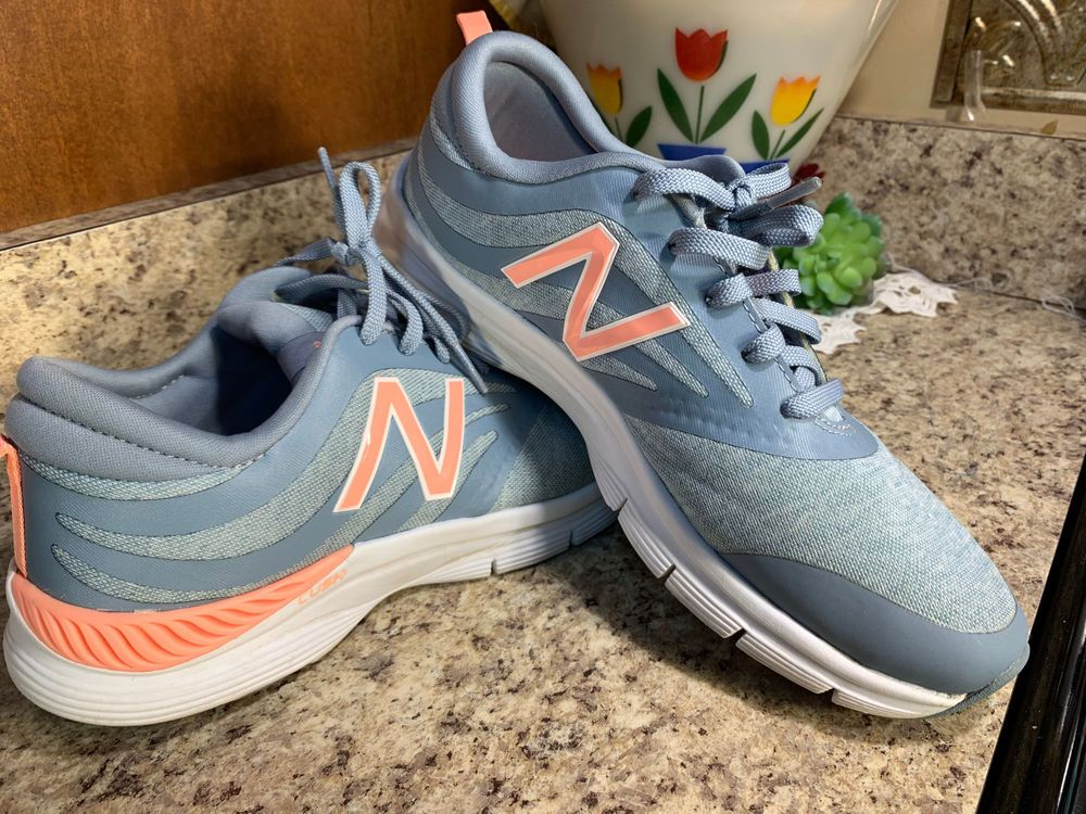 new balance running trainers size 9