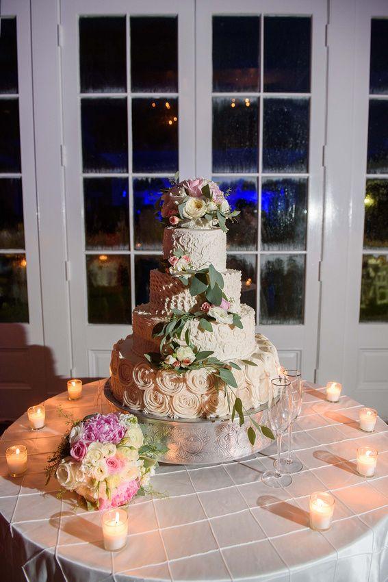Wedding Bm Wed 00673 Wedding Cakes With Flowers Cake Table Wedding