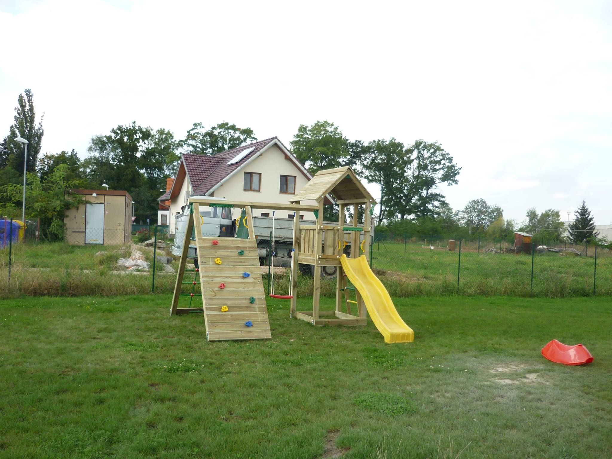 jungle gym wooden playground equipment for your garden